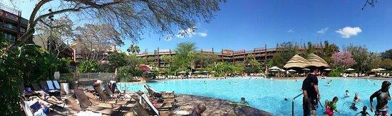 Disney's Animal Kingdom Lodge: Pool panorama