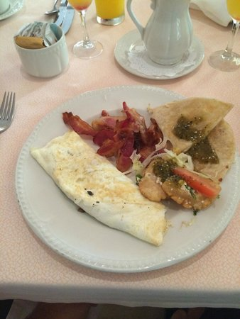 Excellence Playa Mujeres: Breakfast at Toscanna