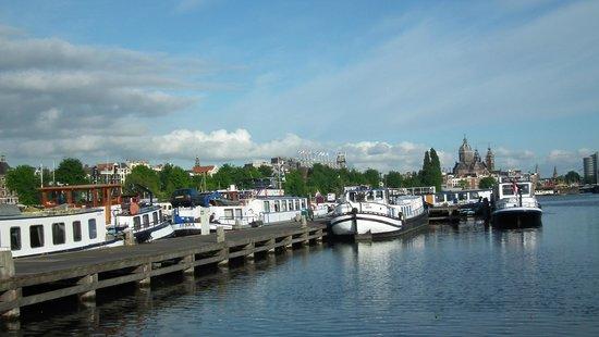 Hostelboat Anna Maria II: neighborhood
