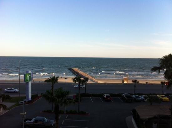 Holiday Inn Resort Galveston-On The Beach: great view!