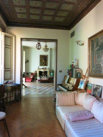 Ca' Fosca due Torri: reading and living room
