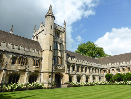 Magdalen College Accommodation: The Cloister at Magdalen