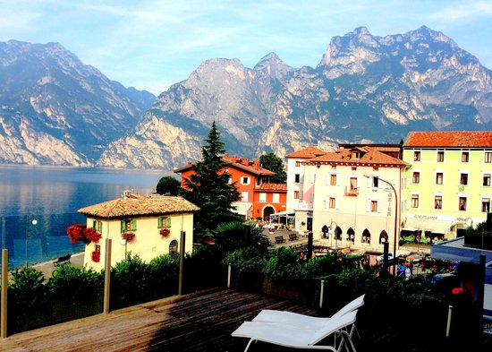 Hotel Lago di Garda : Terrific view from our balcony!
