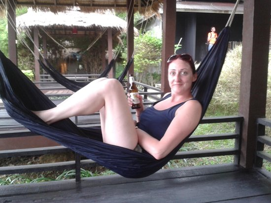 Paradise Cottage : chillin in hammock