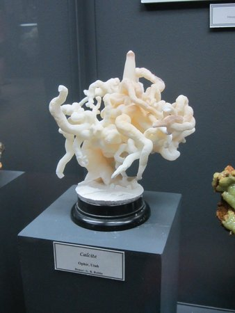 "Mineral Museum of Michigan: My favorite ""art"" mineral"