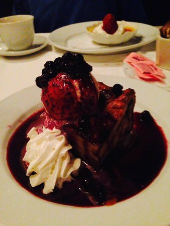 Aspen Grille : Blue Berry Bread Pudding Dessert - Over nuked and mostly  impossible to cut with spoon or eat.