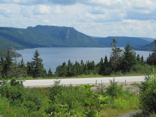 Gros Morne National Park: Stunning view from interpretive center