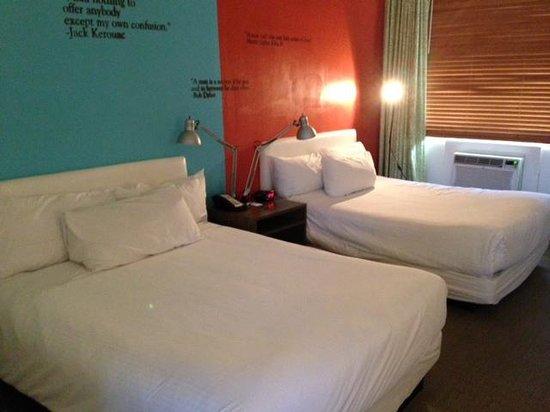 Postcard Inn on the Beach : Bedroom