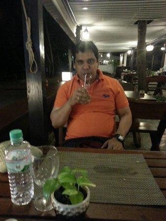 Aonang Villa Resort : good dinner in a relaxing mood