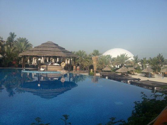 Le Meridien Mina Seyahi Beach Resort and Marina: The Pool