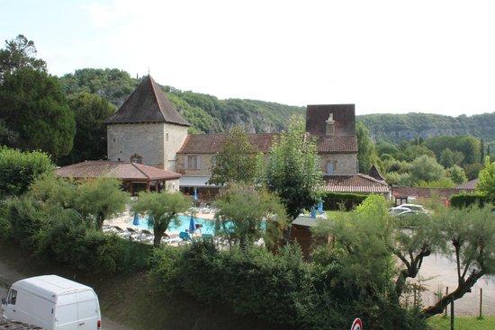 Hôtel La Truite Dorée : vue de l'hôtel