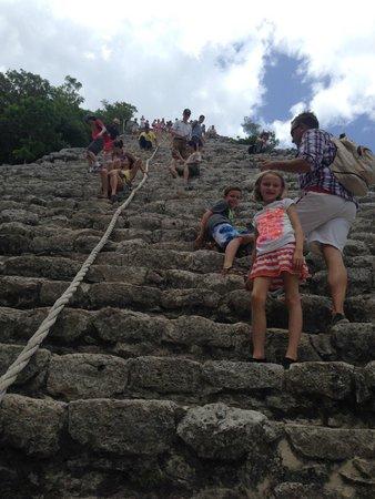 Coba Mayan Village: climing up!
