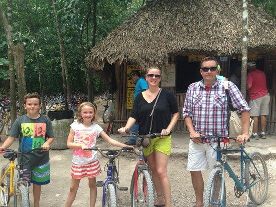 Coba Mayan Village: renting bikes!