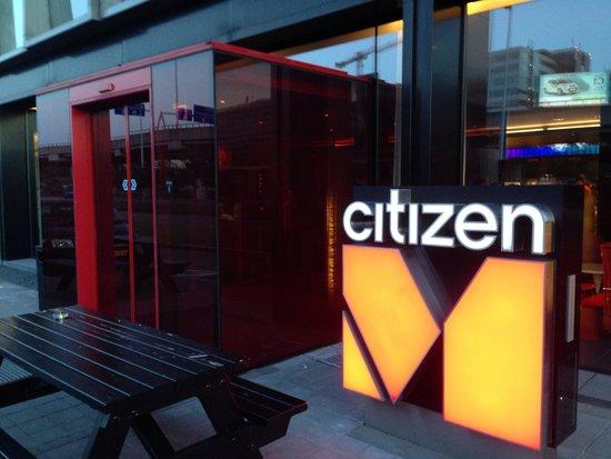 citizenM Schiphol Airport : Entrance