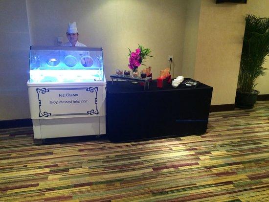 Sofitel Shanghai Hyland : Buffet dîner Air France