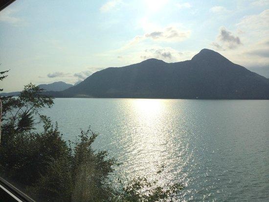 Four Seasons Resort and Residences Whistler: bay near bye