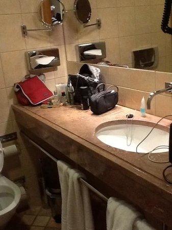 Copenhagen Admiral Hotel: bathroom / toilet in junior suite