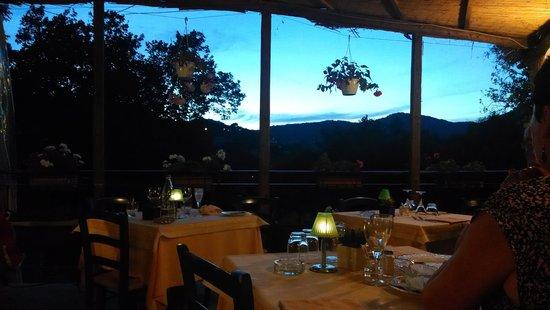 La Trattoria degli Amici: Late evening on the veranda