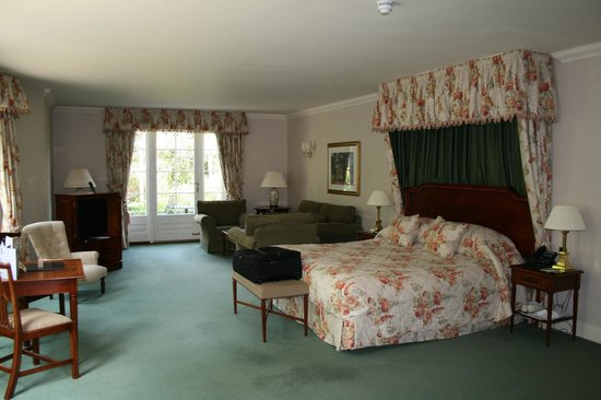 Luton Hoo Hotel Golf and Spa: Large Bedroom