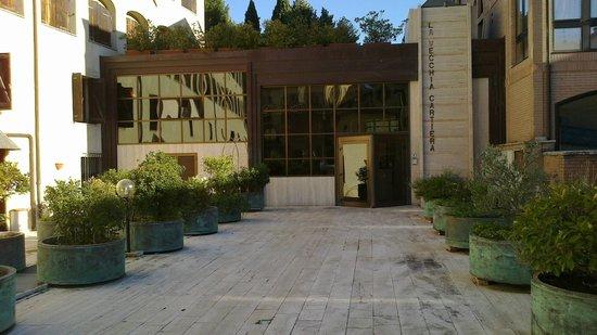 Hotel La Vecchia Cartiera: Ingresso Hotel
