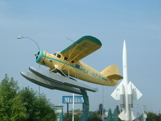 Alberta Aviation Museum: Canadian Bush Plane on outside display