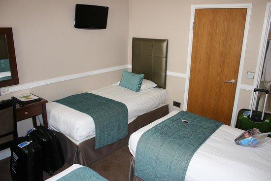 Princes Square Hotel: Our room (no 111)