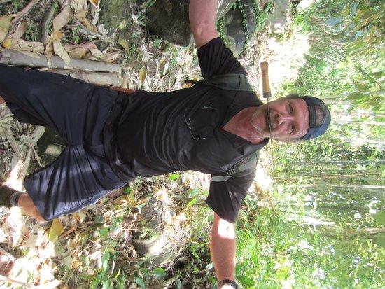 Kuching Offroad - Day Tours : james (tarzan!)