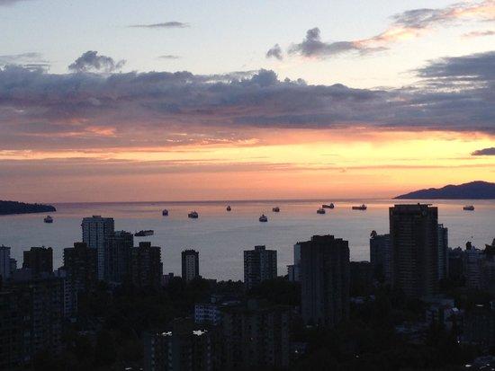 Blue Horizon Hotel: Sunset 2
