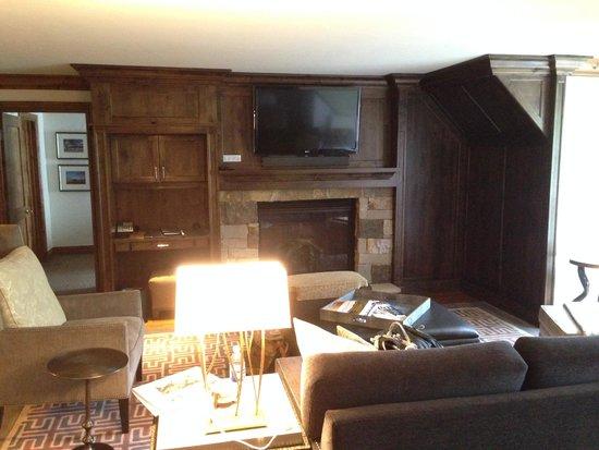 The St. Regis Aspen Resort: Living Room