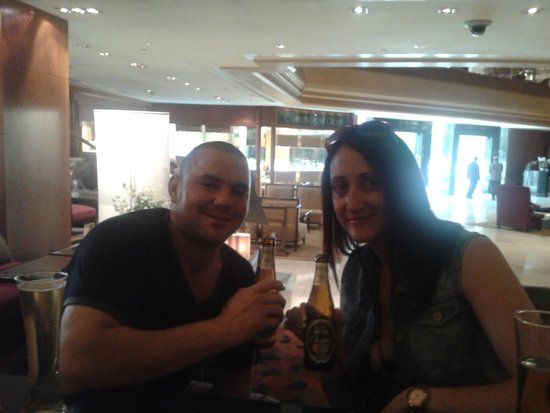 Royal Orchid Sheraton Hotel & Towers : drinks in bar