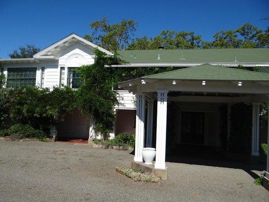 Larkmead Country Inn: The inn