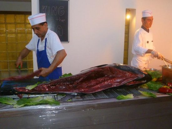 Isis Hotel : fresh yellowfin tuna