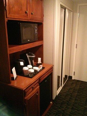 Hilton Garden Inn Austin Northwest / Arboretum: There is a coffee machine