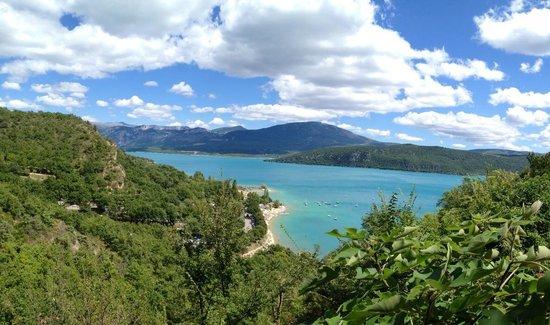 Lac de Sainte-Croix: Lac de Ste Croix depuis Ste Croix du Verdon