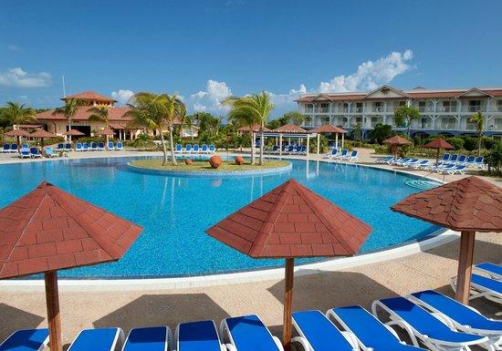 Pool - Memories Flamenco Beach Resort