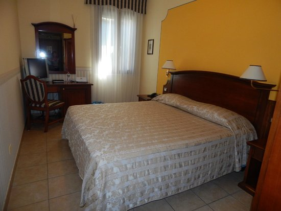Hotel Locanda La Comacina : bella camera 204
