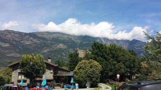 Chatillon, Italien: ristorante e castello di USSEL