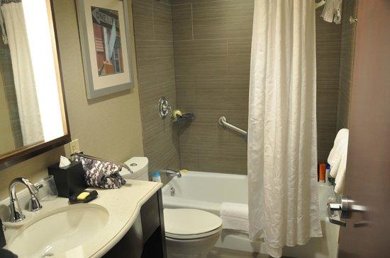 Sheraton Brooklyn New York Hotel : Photo de la salle de bain