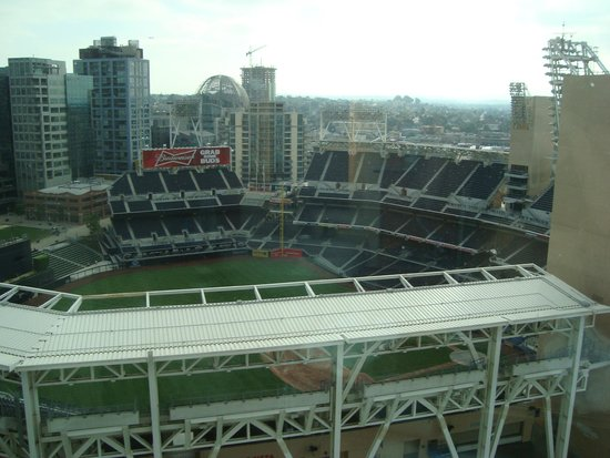 Omni San Diego Hotel : View of Petco Park-From the Bathroom!