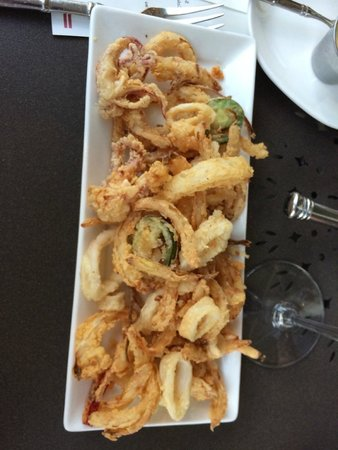 Sides Hardware and Shoes - a Brothers Restaurant : Wonderful Calamari