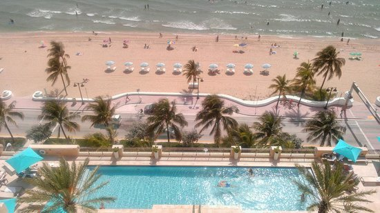 The Atlantic Hotel & Spa: View from 12th floor Ocean Front King Suite