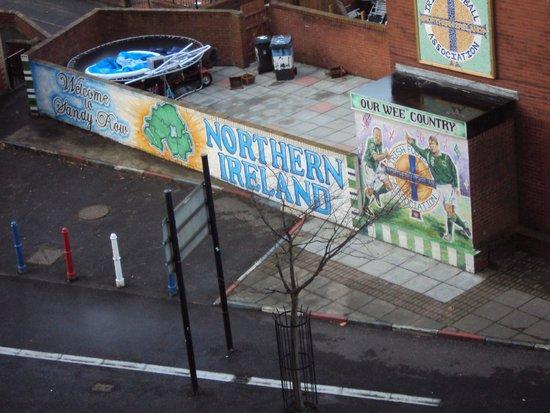 Ibis Belfast City Centre: vista do quarto