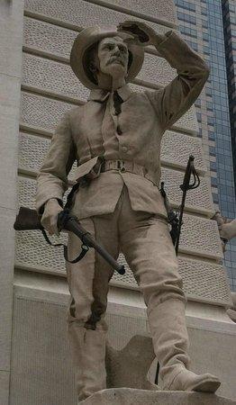 Colonel Eli Lilly Civil War Museum - Soldiers & Sailors Monument: Civil War Soldier