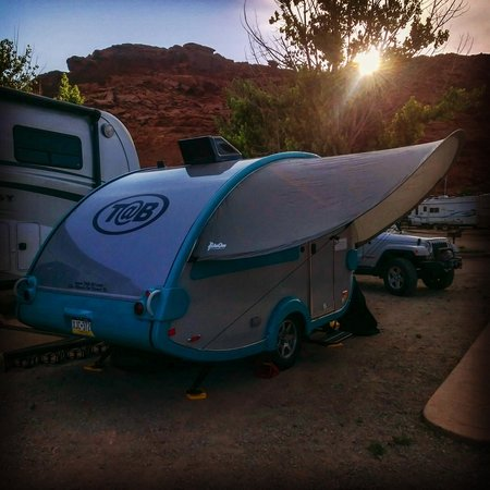Moab Valley RV Resort & Campground : Moab rocks