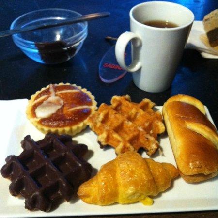 Hotel Sabina : Breakfast