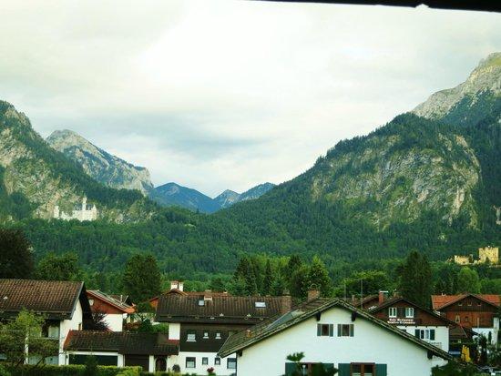 Hotel Waldmann: Blick auf die Schlösser und die Berge