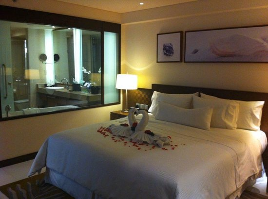 The Westin Siray Bay Resort & Spa Phuket: Bedroom of suite