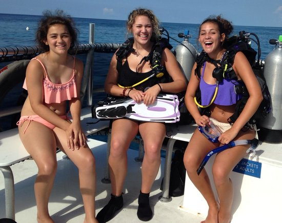 3 Teens Going Diving Picture Of Divers Direct Key Largo Key