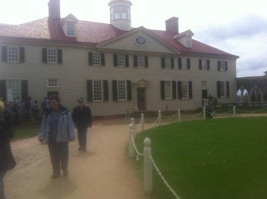 George Washington's Mount Vernon: Mount Vernon, main house