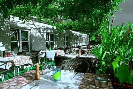 Restaurant du Vieux-Lausanne et Bar Giraf : la terrasse